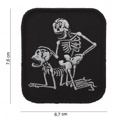 Patch :  two skeletons